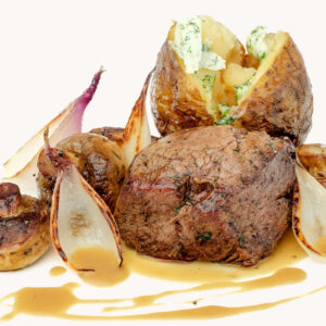 Телешко филе миньон с печен сос и шери Педро Хименез
